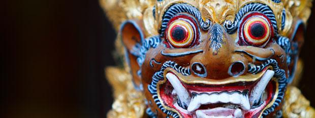 Bali Travel - Temple Statue