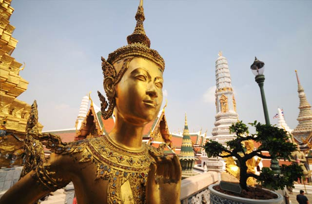 Gold Statues, Grand Palace
