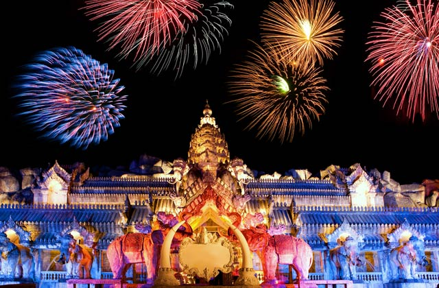 Fireworks over the Palace of the Elephants