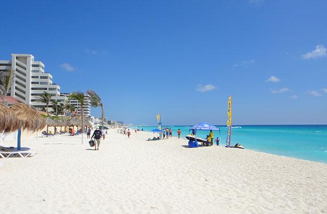 Relax on Cancun Beach | by Flight Centre's Jason Cassin