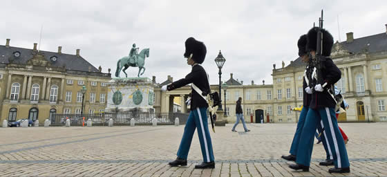 Copenhagen: Royal Guard Change, Amalienborg Square