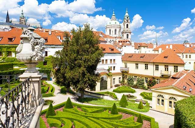 Vrtba Garden, Prague
