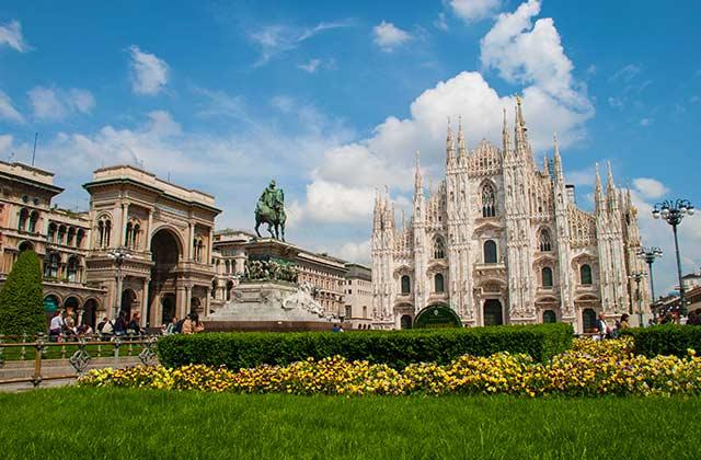 Piazza del Duomo, Milan, Italy | by Flight Centre's Talia Schutte