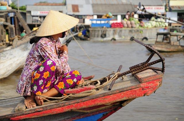 Morning Floating Market, Mekong Delta