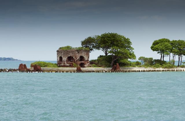 Pulau Seribu, Bay of Jakarta