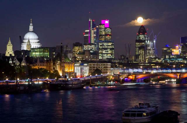 Full Moon over London | by Flight Centre's Olivia Mair