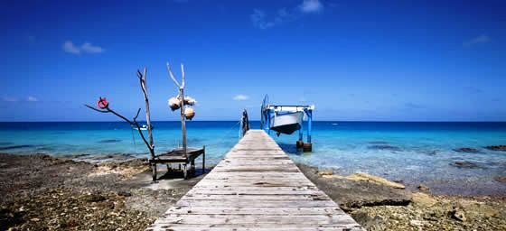 New Caledonia: Fishing Pier & Boats