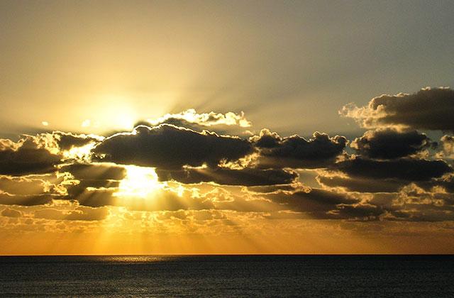 Sunrise over the Caribbean Sea, Mexico | by Flight Centre's Talia Schutte