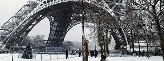 Paris Tourism - Eiffel Tower