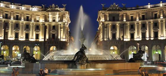 Rome: Piazza della Repubblica
