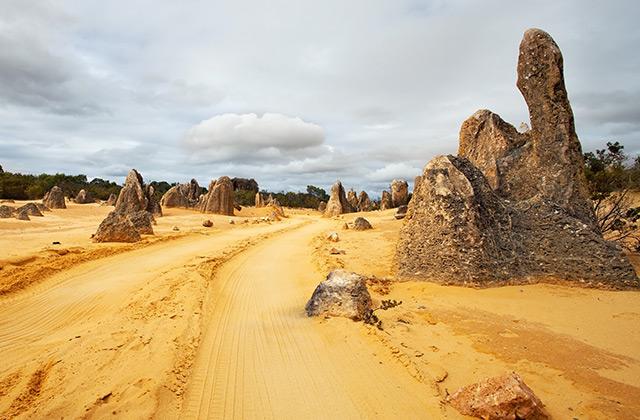 A Sand Road, Western Australia