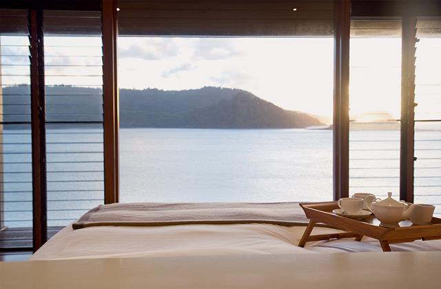 Pavilion Bed, qualia, Hamilton Island