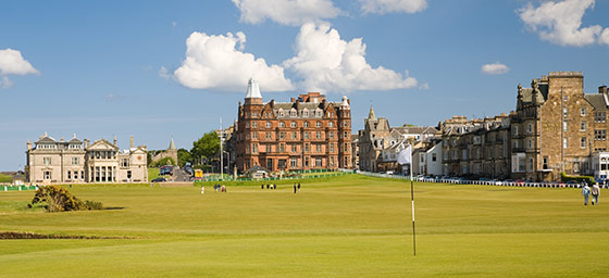 Golf: 1st Hole at St Andrew's in Scotland