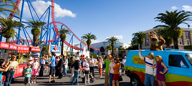 movie world gold coast holiday packages flight centre